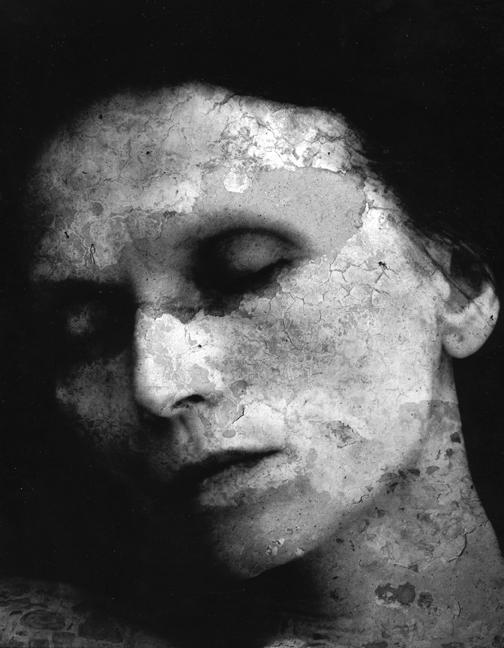 http://images.exhibit-e.com/www_elizabethheyert_com/Head_Nina0.jpg